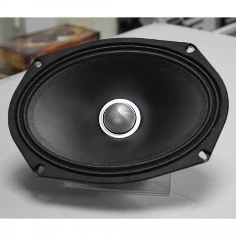 Эстрадная акустика MOMO HE-690